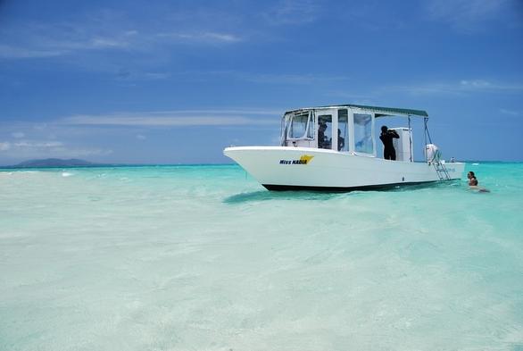当館開催の【幻の島へシュノーケリングツアーにお申し込みの方】への特別な宿泊プラン