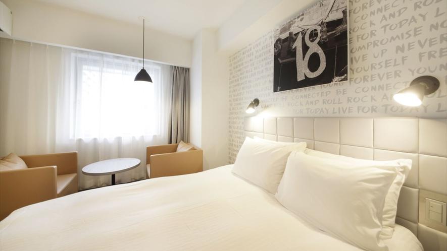"""HOTEL PLUMM全館で使用されている""""眠りのコンシェルジュ""""シモンズ社のベッド完備"""