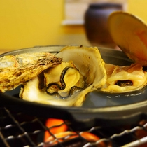 カキ蛤の蒸し焼き