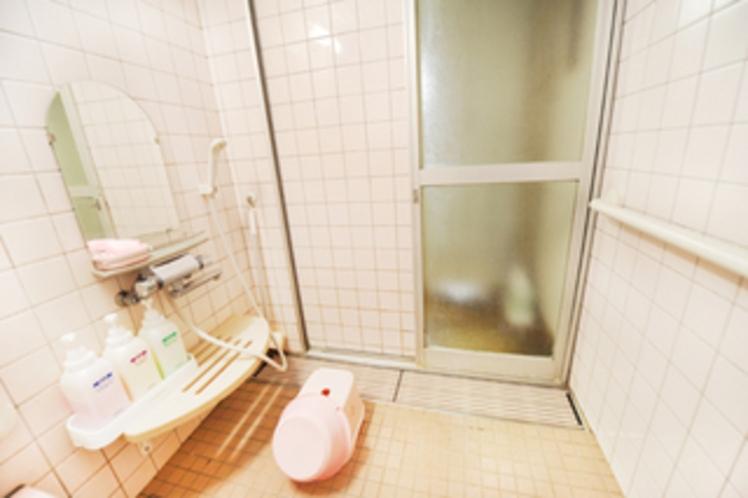 1階シャワールーム