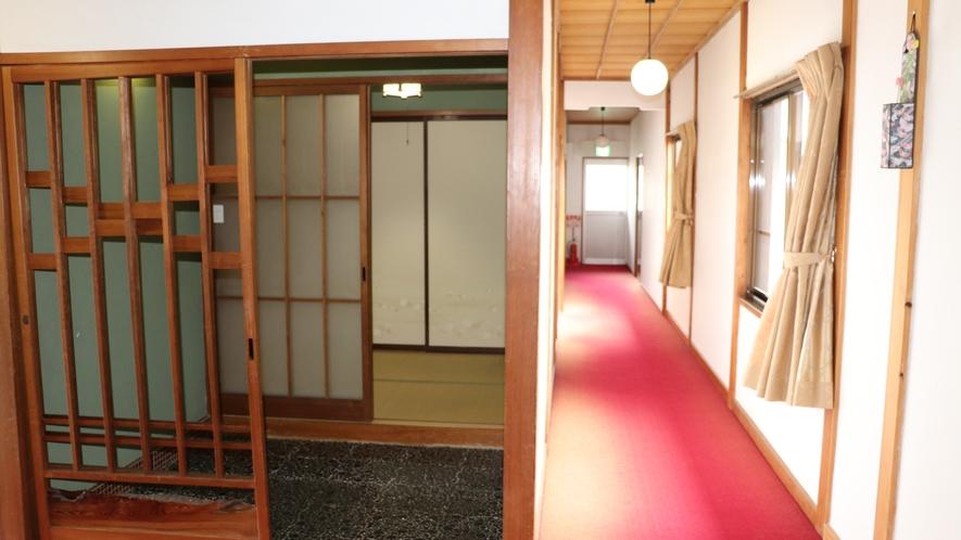 2階和室8畳入口