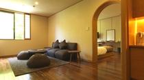 ◆デラックスツイン(客室一例)/ツインベッド+リビングの、52平米のデラックスツイン