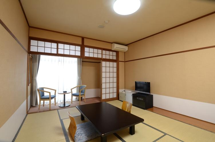 山側和室(4人部屋)