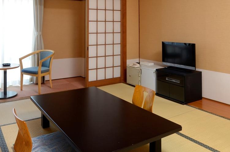 山側和室(2人部屋)