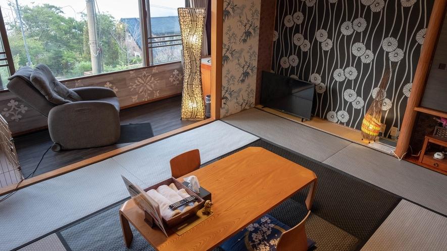 全室箱根連山ビューの眺望、お部屋はわんちゃんも一緒のお布団で添い寝ができます。