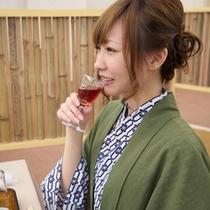 【食事処イメージ】食前酒 お酒と一緒に美食を味わう