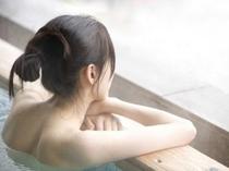 温泉に浸かり、まったり気分。。。