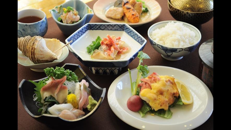 【夕食の一例】地元食材を使った日替定食