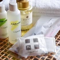 *【アメニティ】へちま化粧水・タオルなど各種備えております。