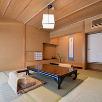 *【露天風呂付スーペリア・桜】8畳+控2.5畳+内湯のお部屋。