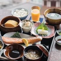 *【ご朝食・一例】シンプルだからこそごまかしが効かない上質な素材でご提供しております。