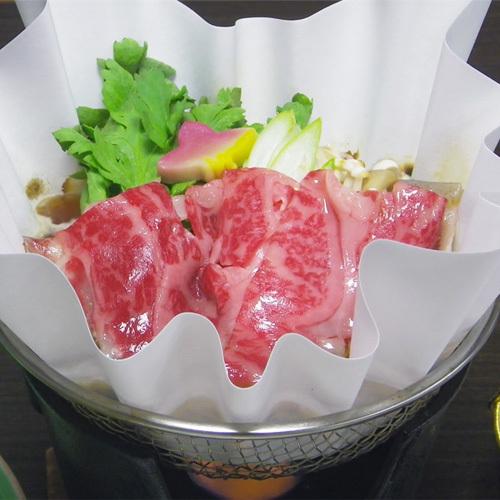 *【お夕食一例】その場で焼いてお召し上がり頂く、おいしいお肉料理。