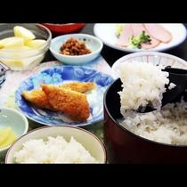 こだわりのお米はコシヒカリ!小野川湧水とあわせて美味しさUP♪