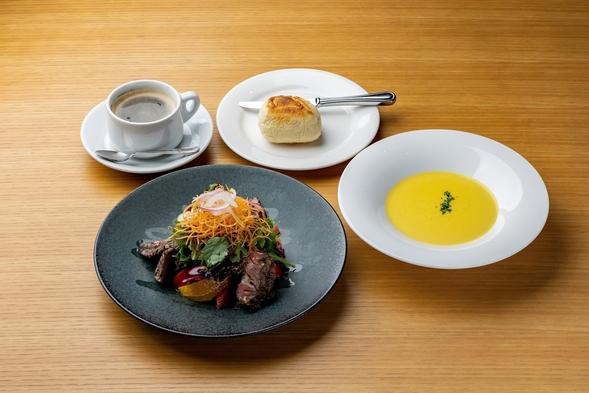 【お手軽ディナー付き】スタッフ厳選メニューをご提供☆ 〜選べる朝食付き〜