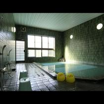 【お風呂】男女別の大浴場で、24時間いつでも、何度でも、温泉に入いれちゃいます♪