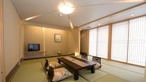 *【和室10+4畳】広々とした空間、ごゆっくりとお寛ぎ下さい