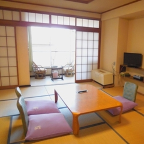 【本館】和室10畳(バス無・トイレ付)