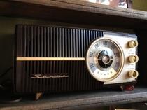 サンヨー真空管ラジオ