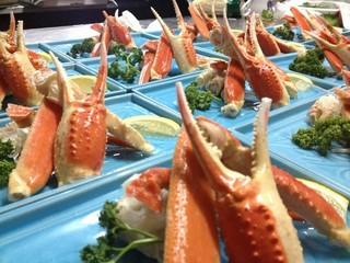 ★日帰り★駅近(夕食付)【お肉と海鮮】自家製スペアリブ・ずわい蟹・海鮮鍋・金目の煮付・かさご唐揚げ他
