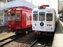 わかやま電鉄の、いちご電車&おもちゃ電車