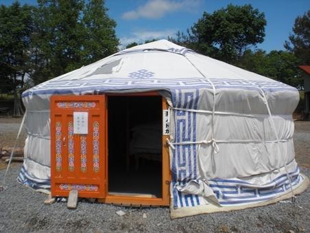モンゴル遊牧民宿泊施設ゲル(GW4/29〜10/31)