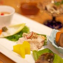 *【料理一例】こだわりの自然食で明日からの活力を。