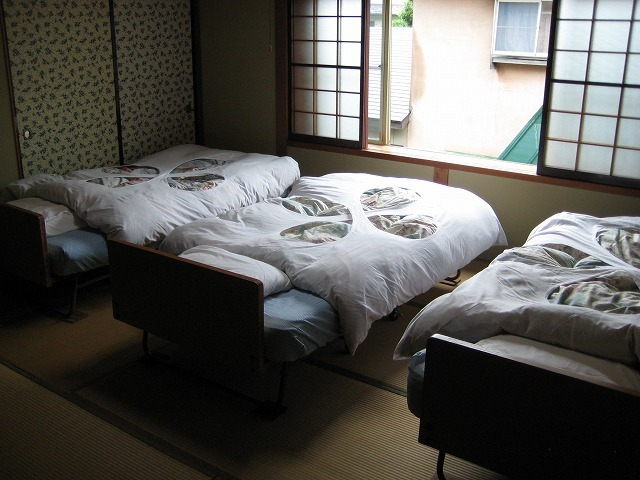 トリプルベッドルーム
