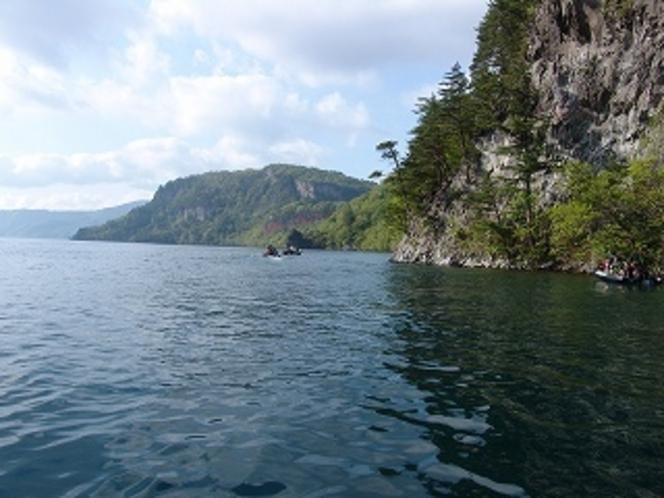 中の湖から東湖へ