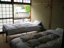 ツインベッド個室