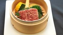 蒸物:夏野菜と黒毛和牛セイロ蒸し