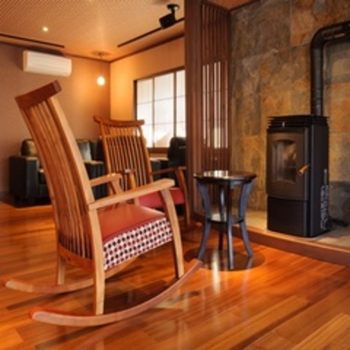 冬は暖炉も楽しめます