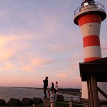 *金比羅岬灯台/みさき台公園のビュースポット。目の前をさえぎるものは何もありません!