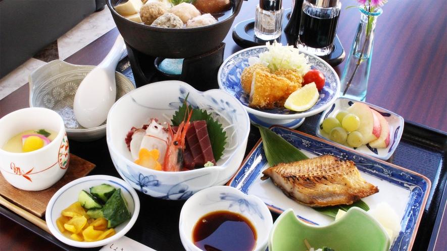 *夕食一例/手頃に楽しみたい方にお勧め!海の幸を中心にボリュームたっぷりです♪
