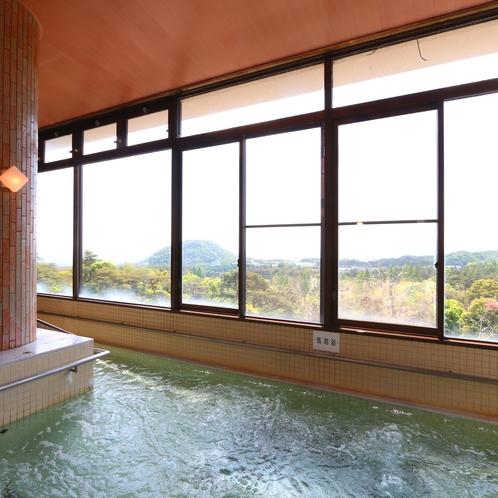 景色を眺めながらご入浴をお楽しみ下さい