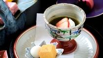 【水菓子】季節の果物と合わせた、ほんのりとした甘み(一例)