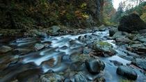 【白布大滝】マイナスイオンたっぷりの滝。白布温泉から徒歩10分ほどの場所にあります。