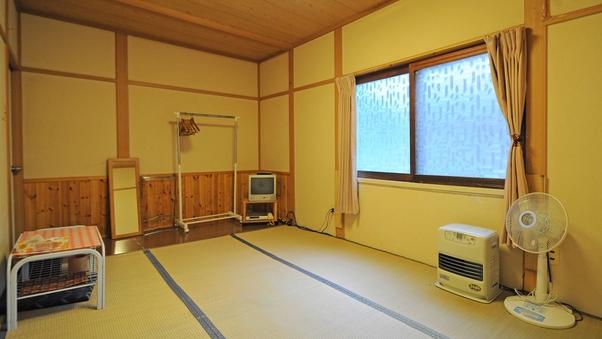 山側6畳和室
