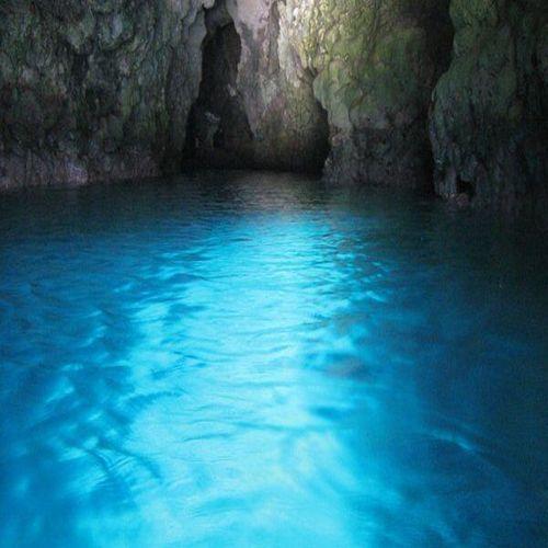 青の洞窟(車で1時間)