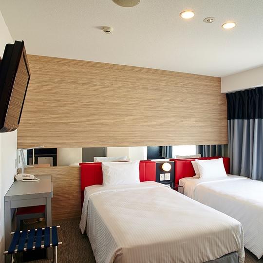 沖繩那霸 紅色星球飯店