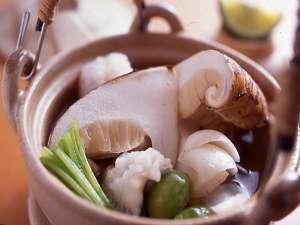 【料理】秋の味覚「松茸の土瓶蒸し」