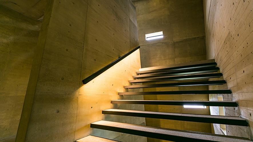 全館/階段