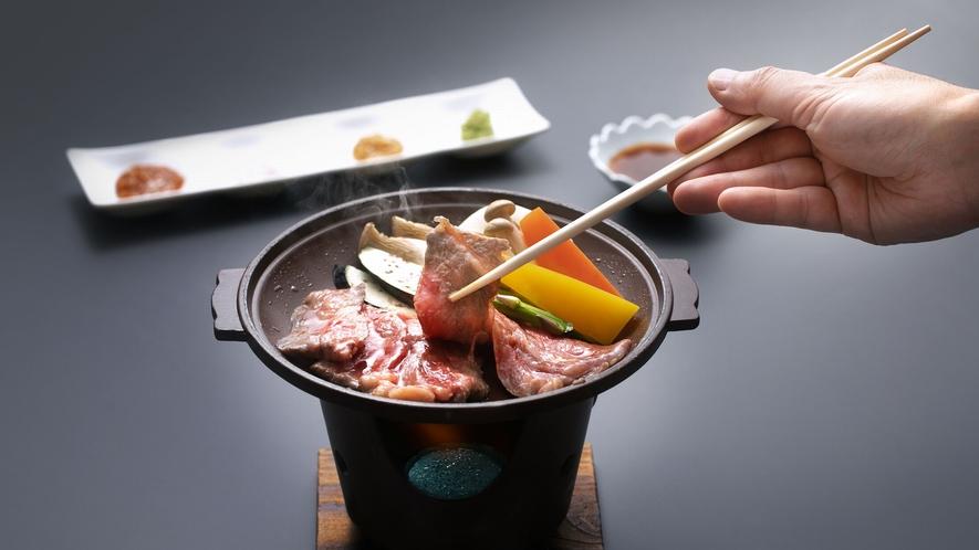 【追加料理】秋田牛サーロインと季節野菜の陶板焼き