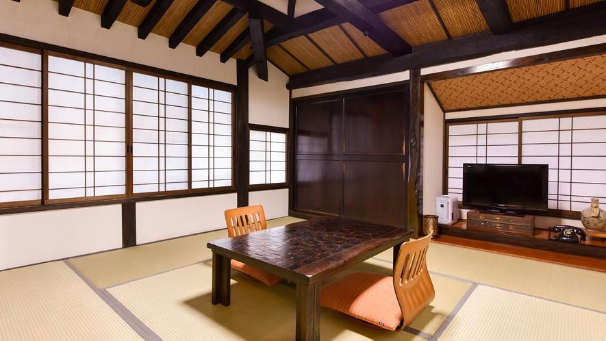 *和室8畳トイレ付(さくら)【2階】/のんびりと気兼ねなくくつろげる、水回りも充実のお部屋