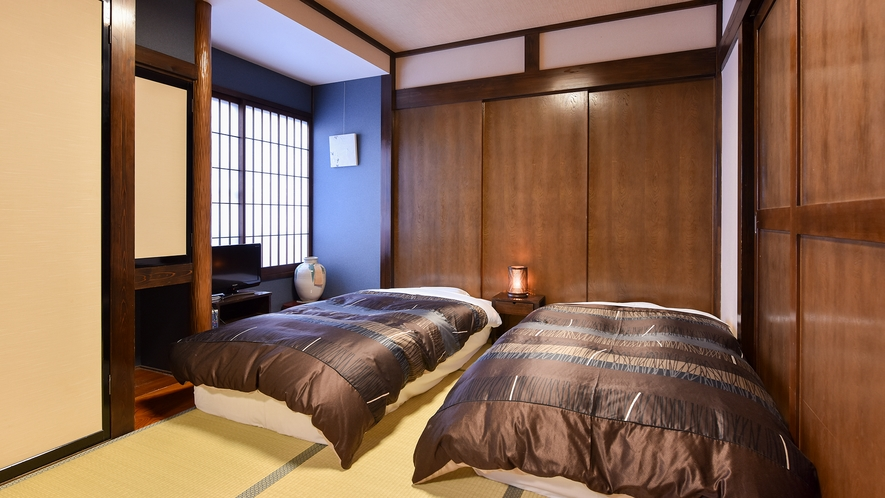 *和室6畳+6畳ベッドタイプ(ふじ)【2階】/寝起きのしやすいベッドタイプの寝室