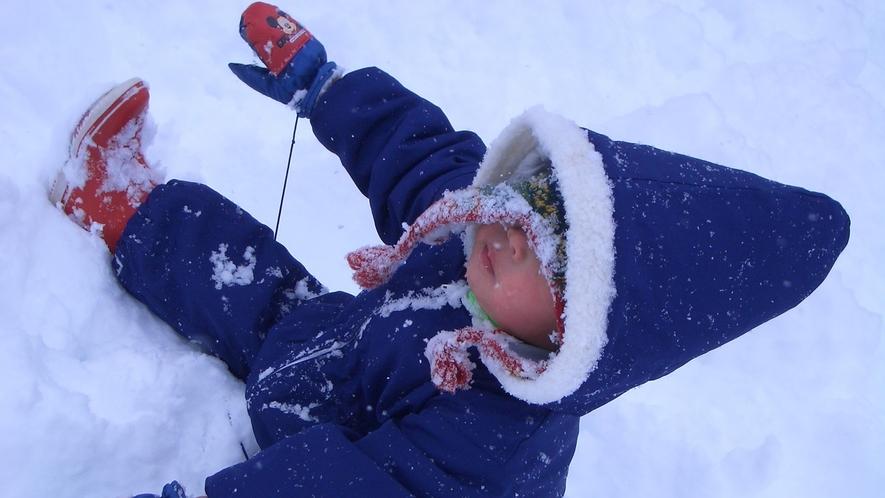 *季節の光景(冬)/雪あそび