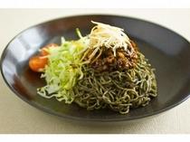 黒胡麻酢冷麺