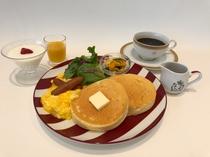フレンチスフレパンケーキ朝食セット
