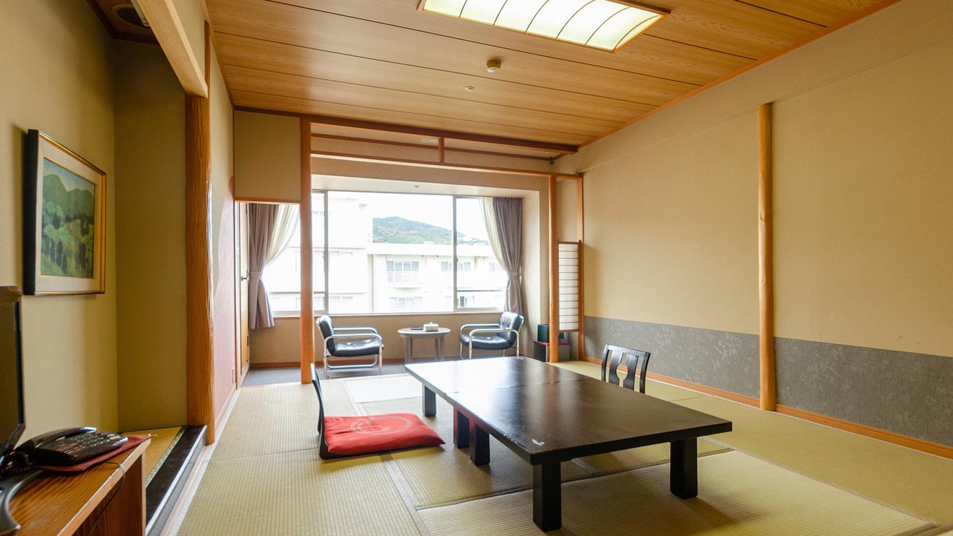 ◆セントラル・イースト館 和室10畳又は12畳(D)(Wi-Fi可)