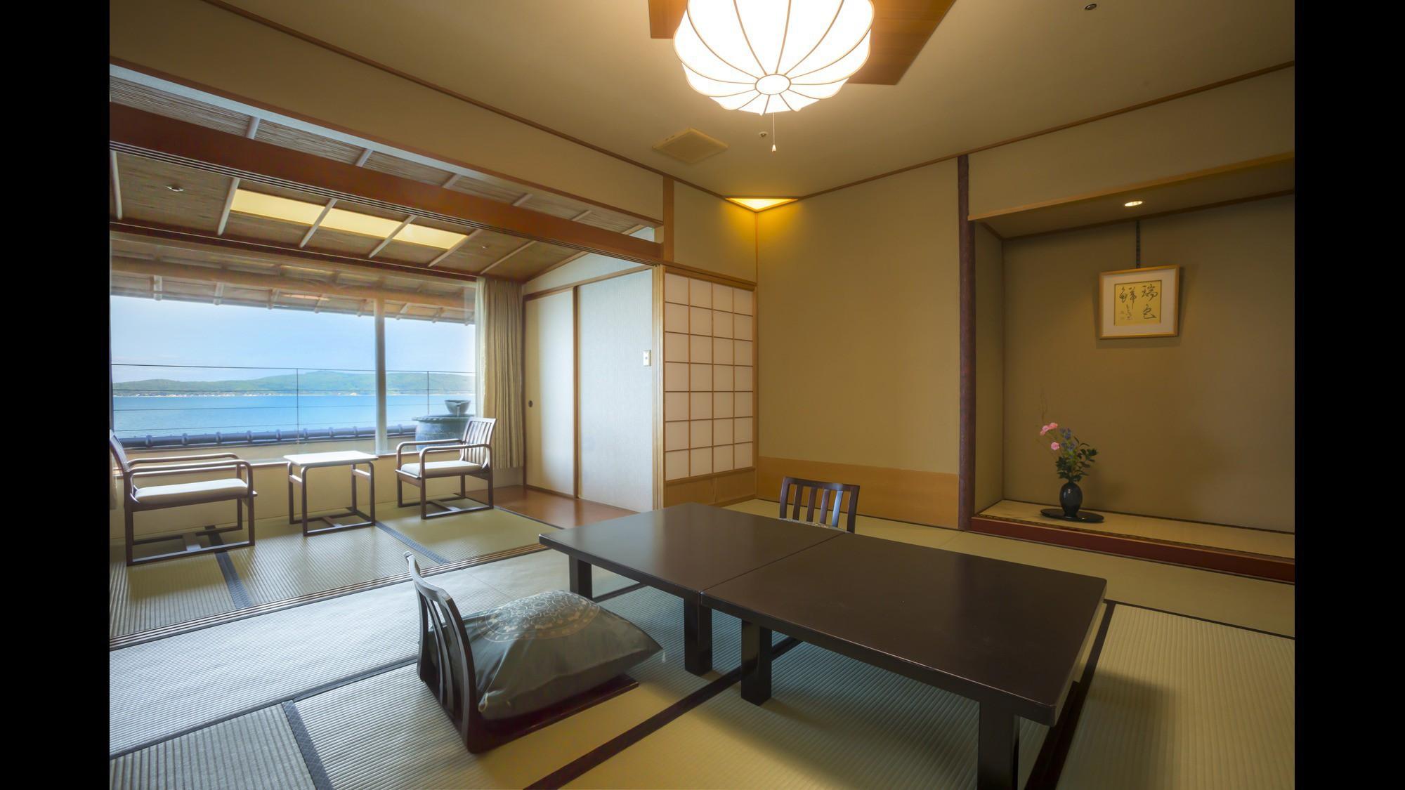 【瑞仙】信楽焼露天風呂付客室の露天風呂