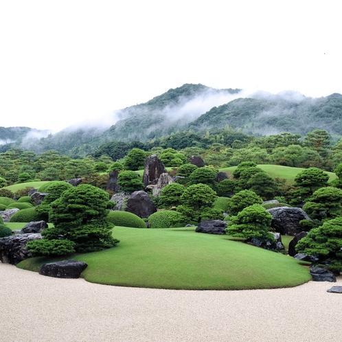 足立美術館庭園(夏の庭園)①